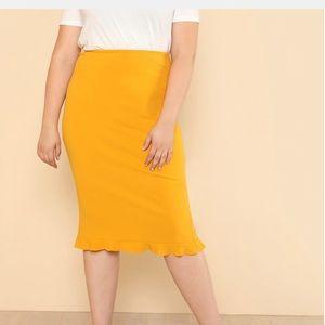 Plus Ruffle Hem Skirt